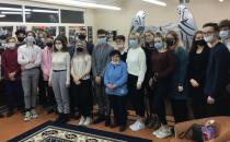 Treffen mit Jugendlichen in der Mittelschule № 137 in Minsk